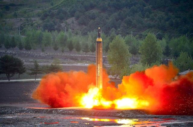 Một vụ phóng tên lửa của Triều Tiên. (Ảnh: Reuters)