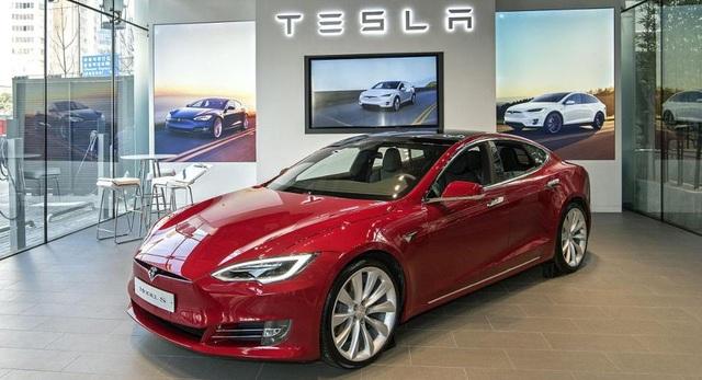 Tesla vừa ra mắt tại Hàn Quốc đã gây sốt - 1