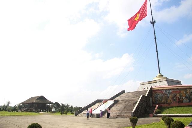 Cột cờ Hiền Lương, nơi diễn ra lễ thượng cờ vào ngày lễ Thống nhất
