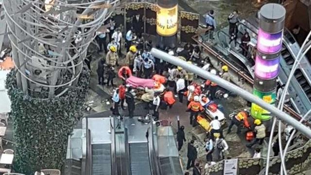 Ít nhất 18 người đã bị thương trong sự cố thang cuốn (Ảnh: SCMP)