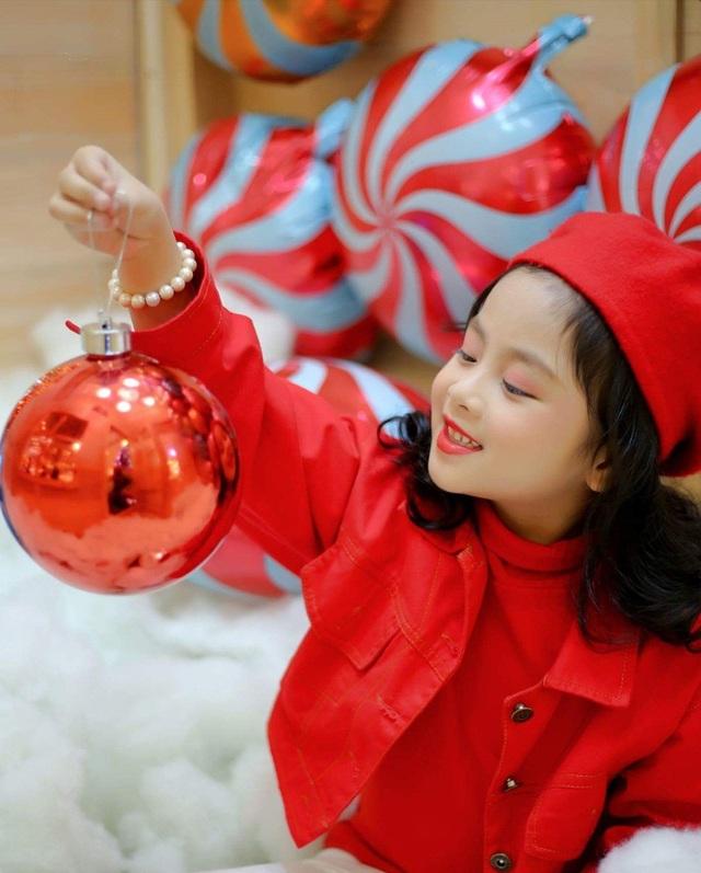 """Một số hình ảnh về bộ ảnh Noel """"siêu yêu"""", """"siêu dễ thương"""" của các """"siêu mẫu nhí"""" hot của Hà Thành."""
