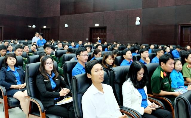 Hàng trăm đoàn viên, thanh niên Đà Nẵng tham gia buổi đối thoại