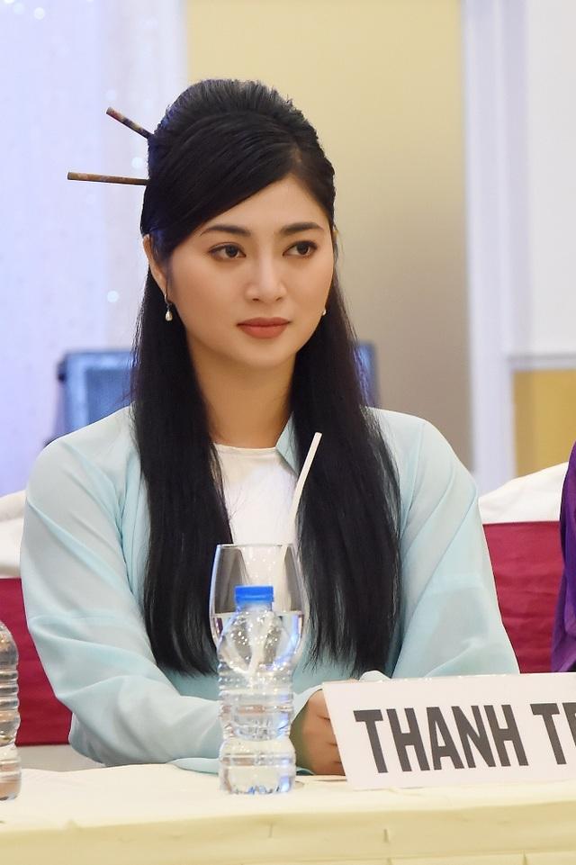 Diễn viên Thanh Trúc vào vai Ngọc Nhi, cánh tay phải của Trần Trung, phụ trách phần y thuật phá án tài tình với xuất thân con nhà đông y, giỏi nghề bốc thuốc chữa bệnh.
