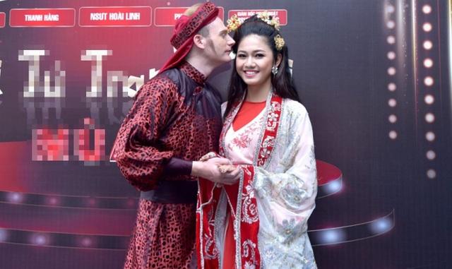 Á hậu Thanh Tú hào hứng khi lần đầu khoác lên trang phục cổ trang và vào vai nàng Kiều Nguyệt Nga xinh đẹp.
