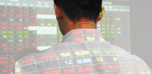 Một nhà đầu tư bị phạt tới 600 triệu đồng vì lập hàng chục tài khoản ảo nhằm tạo cung cầu giả tạo, thao túng cổ phiếu HNG ngay từ khi cổ phiếu này mới giao dịch phiên đầu tiên trên thị trường.