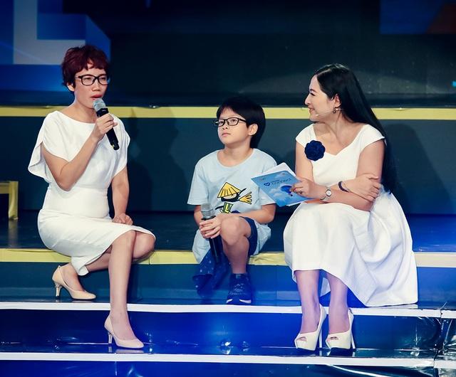Đông Nhi, Phạm Quỳnh Anh khóc khi hát tưởng nhớ Wanbi Tuấn Anh - 7