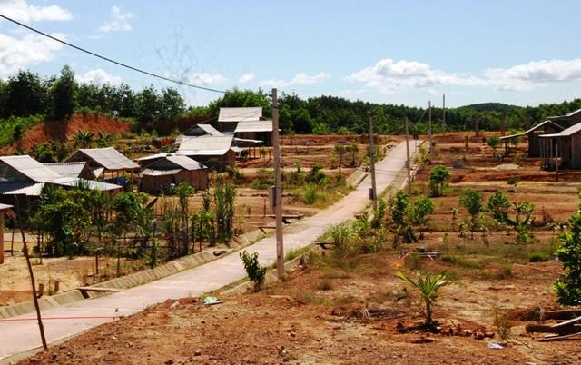 Bài toán thiếu đất sản xuất vẫn chưa được giải quyết