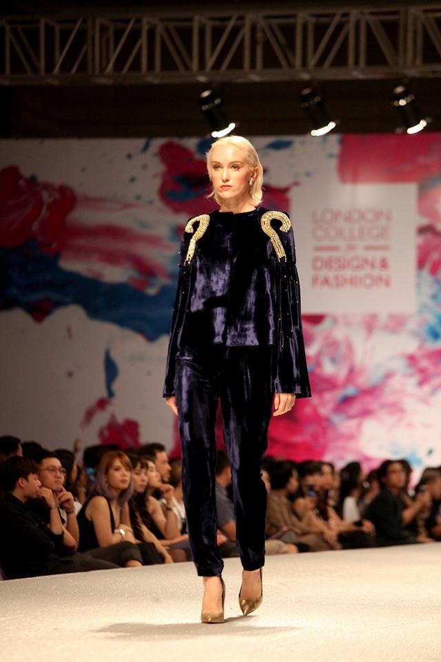 Thiết kế thời trang quyến rũ lấy cảm hứng từ 12 cung hoàng đạo - 8