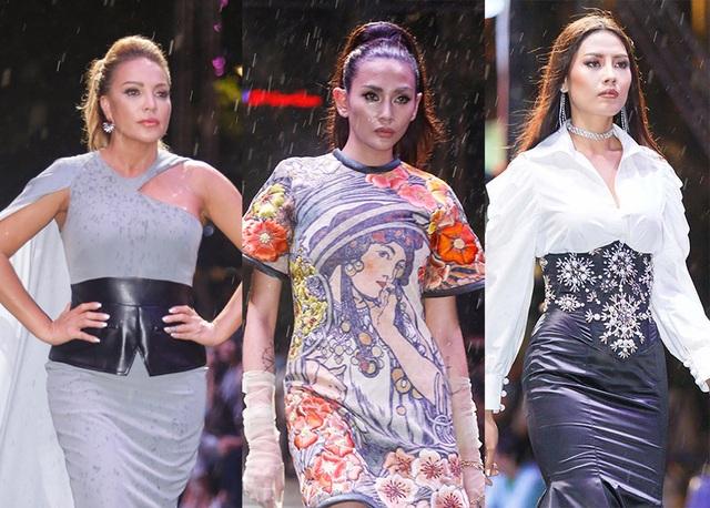 Sự nhiệt tình của các người mẫu tham gia chương trình bất chấp thời tiết đã để lại nhiều ấn tượng đẹp cho đêm diễn đầu tiên 20/10