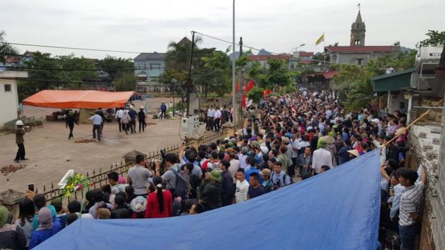 Dân Đồng Tâm chính thức thả 19 chiến sĩ - 18