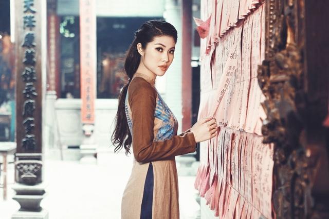 Bên cạnh đó, với vai trò một siêu mẫu, cô và ekip cũng đã lên lịch để dự Paris Fashion Week vào tháng 3 năm sau.