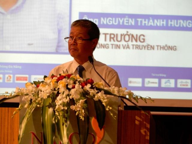 Thứ trưởng Bộ Thông tin – Truyền thông Nguyễn Thành Hưng phát biểu tại hội thảo
