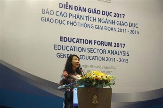 Thứ trưởng Bộ GD&ĐT Nguyễn Thị Nghĩa phát biểu tại diễn đàn