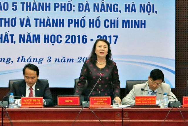 Thứ trưởng Bộ GD - ĐT Nguyễn Thị Nghĩa: Nâng cao chất lượng đội ngũ giáo viên không chỉ xét trình độ chuyên môn đầu vào, mà còn cả đạo đức, kỹ năng nghề nghiệp.