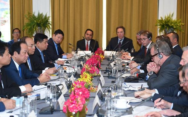 Thủ tướng Xuân Phúc tham dự tọa đàm bàn tròn với các doanh nghiệp Mỹ tại thành phố New York ngày 30/5 (Ảnh: VGP/Quang Hiếu)