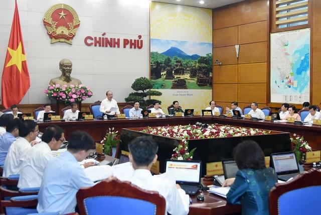 Toàn cảnh phiên họp Chính phủ thường kỳ tháng 7/2017.