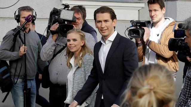 Họ đang sống cùng nhau tại khu Meidling, thủ đô Vienna, nơi họ sinh ra và lớn lên. Theo Heute, hai người đã tính tới chuyện kết hôn và sinh con. (Ảnh: AP)