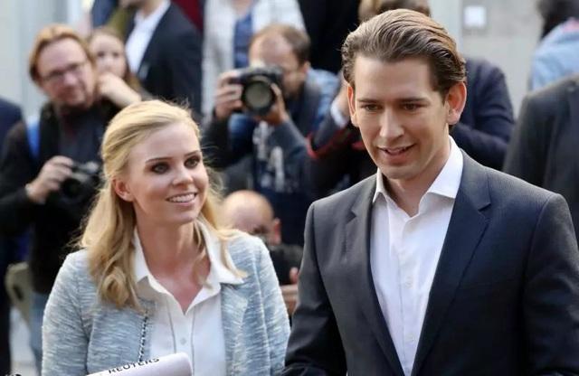 Ông Sebastian Kurz sinh ngày 27/8/1986, lớn lên ở cùng quê nghèo quận Meidling (Áo). Ông được bổ nhiệm làm Ngoại trưởng Áo vào năm 2013 khi mới 27 tuổi. Ở tuổi 31, ông hiện là lãnh đạo đảng Nhân dân Áo và nhiều khả năng trở thành Thủ tướng Áo tương lai. (Ảnh: Getty)