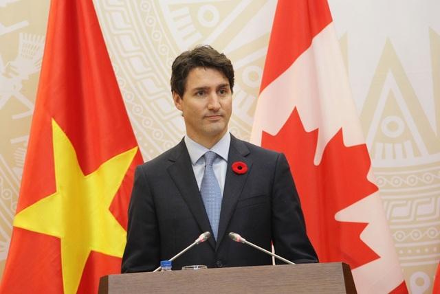 Thủ tướng Canada bày tỏ vui mừng khi đến thăm chính thức Việt Nam trên cương vị Thủ tướng.