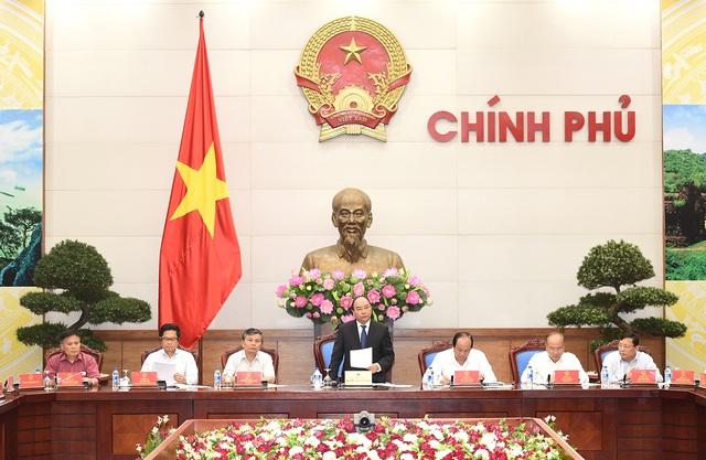Thủ tướng chủ trì cuộc họp với Hội đồng tư vấn cải cách thủ tục hành chính.