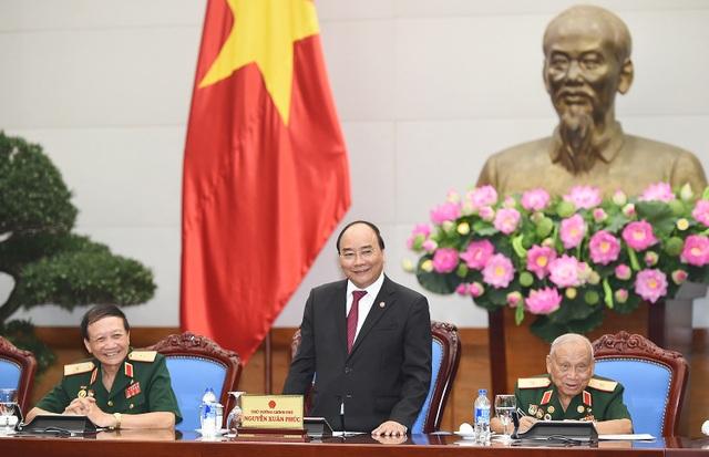 Thủ tướng kể về hành trình ra Bắc trên tuyến đường Trường Sơn khói lửa 50 năm trước.