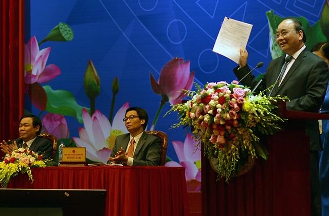Thủ tướng nhấn mạnh, tinh thần là phải xây dựng một thể chế bình đẳng giữa công và tư, phù hợp với thông lệ quốc tế.