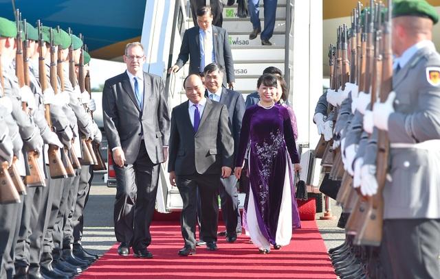 Thủ tướng Nguyễn Xuân Phúc và Phu nhân có nhiều chương trình làm việc tại Đức (ảnh: VGP)