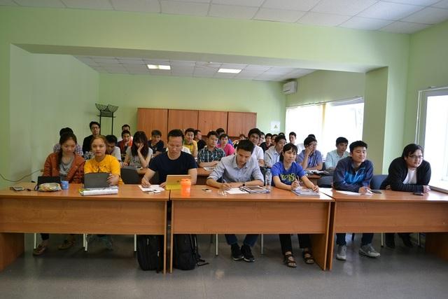 30 sinh viên Việt Nam hoàn thành khóa thực tập tại Nhà máy điện hạt nhân Novovoronezh ở Nga - 1
