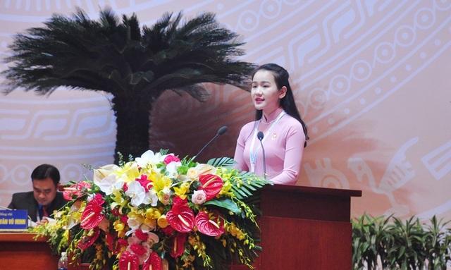 Đại biểu Chu Thị Ngọc Hảo - Học viện An ninh Nhân dân (Bộ Công an) đọc thư của Đại hội gửi tuổi trẻ cả nước
