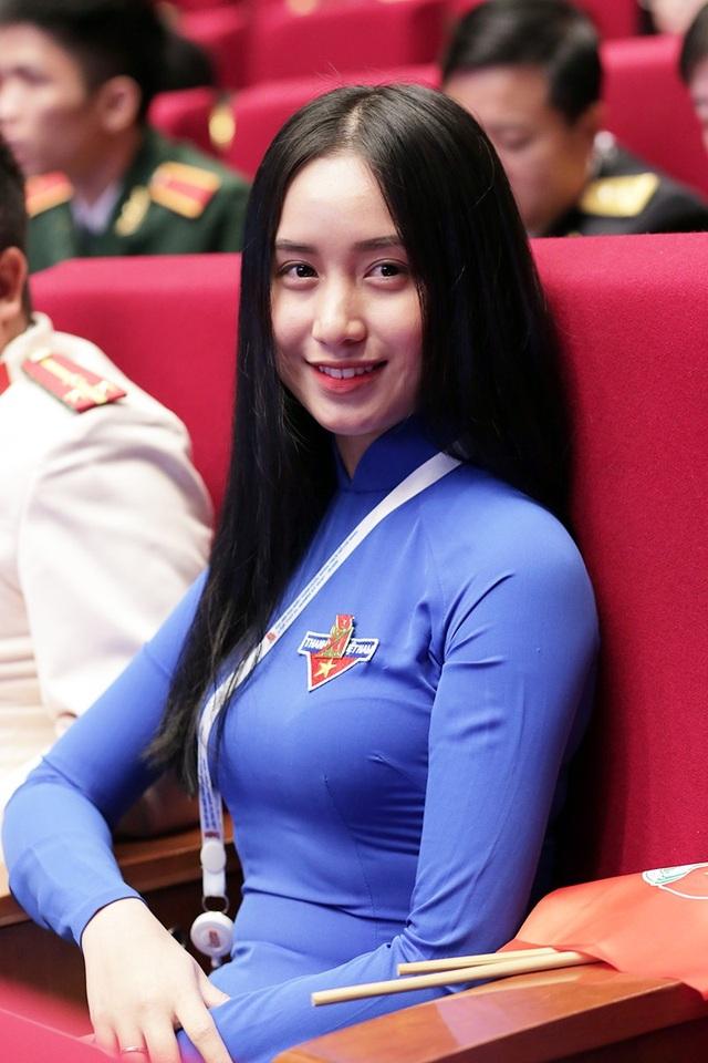 Thu Hồng là đại biểu đoàn Đà Nẵng tại Đại hội Đoàn toàn quốc XI