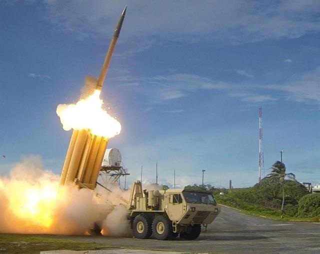 Hệ thống phòng thủ tên lửa tầm cao giai đoạn cuối (THAAD). (Ảnh: National Interest)