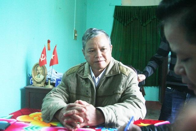 Ông Trần Đình Khởi, Chủ tịch UBND xã Thượng Nhật, huyện Nam Đông bức xúc trước công trình thủy điện gây khó khăn nhiều bề cho người dân