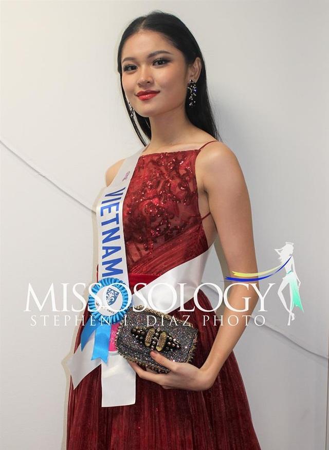 Thùy Dung là đại diện của Việt Nam tại cuộc thi Hoa hậu Quốc tế 2017