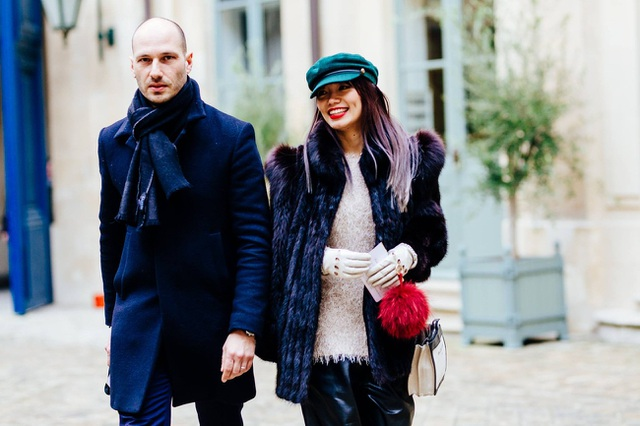 Thythu (phải) tại Haute Couture.