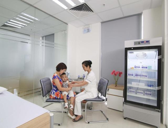 Tiêm chủng vắc xin là biện pháp dự phòng chủ động căn bệnh viêm não Nhật Bản nguy hiểm.