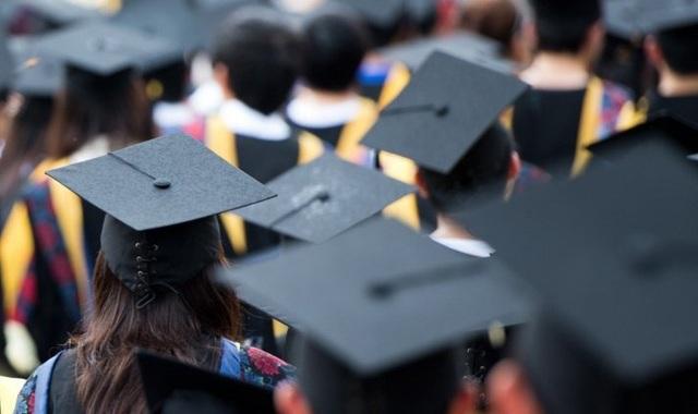 Để xác định chỉ tiêu tuyển sinh, Học viện khoa học xã hội kê khai đội ngũ giảng viên cơ hữu bao gồm cả cán bộ nghiên cứu của các Viện, các đơn vị thuộc Viện Hàn lâm Khoa học xã hội.