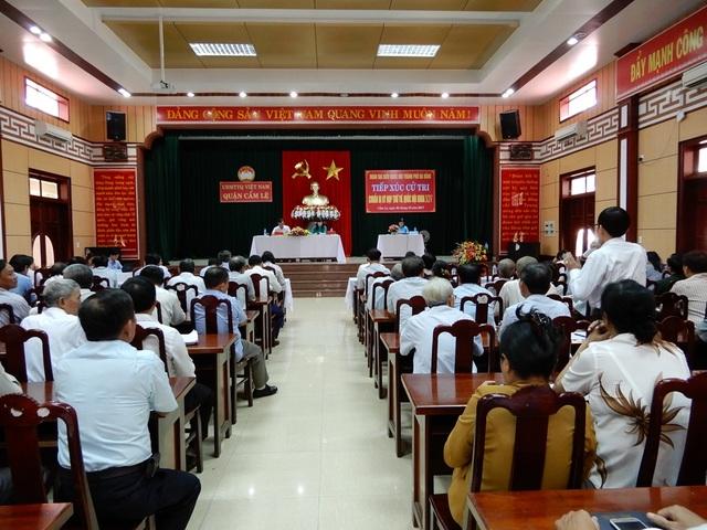Đoàn đại biểu Quốc hội TP Đà Nẵng tiếp xúc với cử tri quận Cẩm Lệ chuẩn bị cho Kỳ họp thứ tư, Quốc hội khóa XIV.
