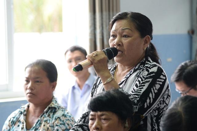 Cử tri Đặng Thị Ngọc Tuyết đặt câu hỏi tại sao cán bộ bảo dân nhận tiền đền bù rồi khiếu nại sau?