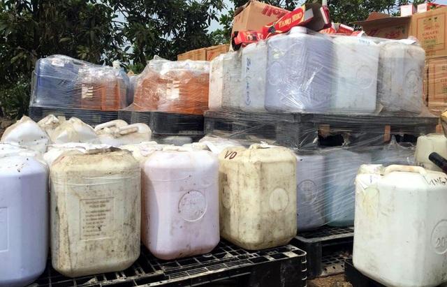 Hà Nội: Tiêu hủy 190 tấn rượu không rõ nguồn gốc - 2