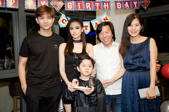 Nhà quay phim Nguyễn Tranh và vợ mới cưới cũng có mặt trong sinh nhật con trai cặp đôi