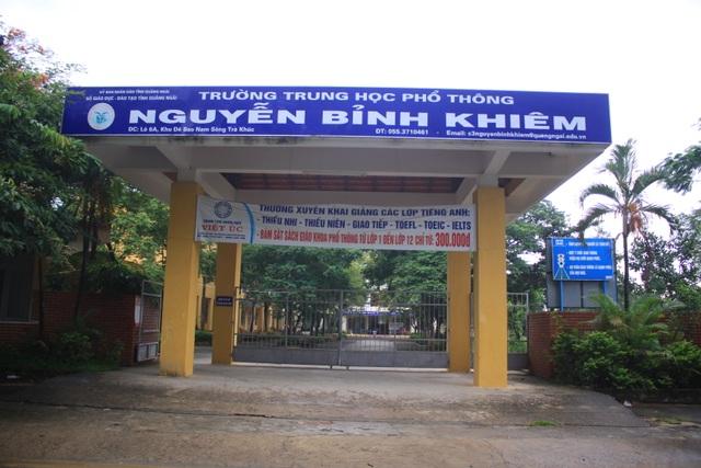Trường trung học tư thục Nguyễn Bỉnh Khiêm phải giải thể vì không tuyển được học sinh.
