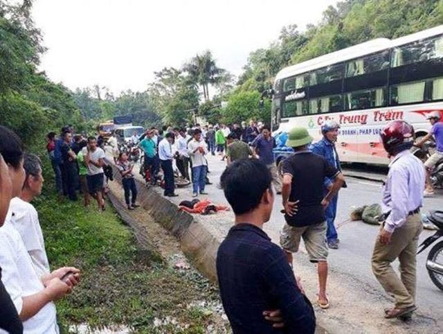 Hiện trường vụ tai nạn khiến hai phụ nữ chết thảm.