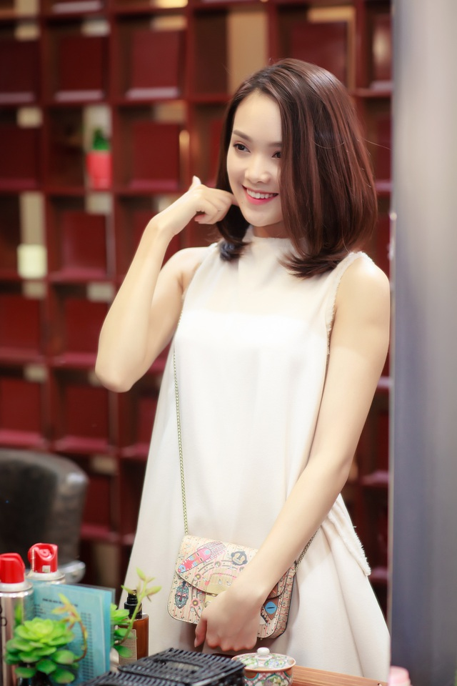 Trước đó, cô cũng giành ngôi vị Hoa khôi Thanh niên Thanh lịch và Thời trang Thái Nguyên 2012. Bên cạnh đó, thành tích học tập khá tốt của Tố Như cũng giúp cô ghi điểm.