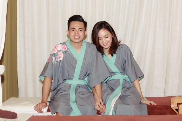 Hơn nữa, gia đình hai bên đều ủng hộ Tố Như và Trung Hiếu lập gia đình sớm để cùng nhau xây dựng tổ ấm riêng.
