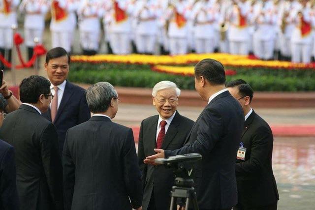 Bắn 21 loạt đại bác chào mừng Chủ tịch Trung Quốc tới Việt Nam - 1