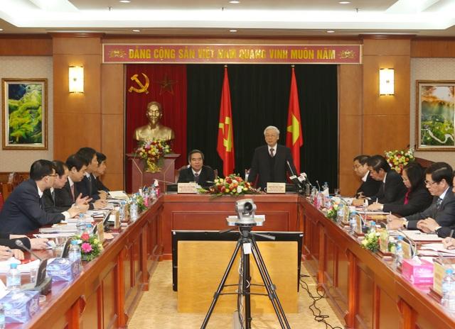 Tổng Bí thư phát biểu, giao nhiều nhiệm vụ quan trọng trong cuộc làm việc với Ban Kinh tế TƯ.