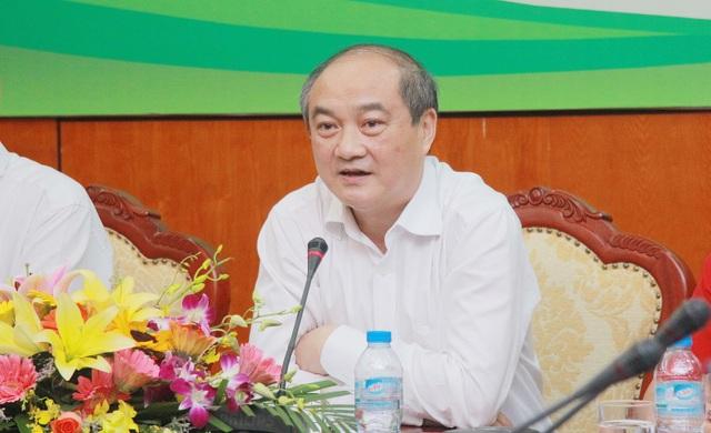 Tổng cục trưởng Tồng cục TDTT Vương Bích Thắng trả lời báo chí ngày 14/7 - Ảnh: Gia Hưng
