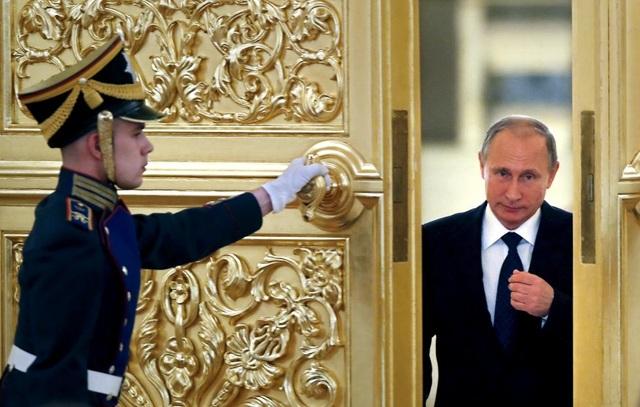 Tầm ảnh hưởng ngày càng tăng của Nga: Tổng thống Nga Vladimir Putin dường như sẽ thiết lập vị trí của Nga như một đồng minh của một số quốc gia, trong đó có Thổ Nhĩ Kỳ và Philippines - những nước vốn là đồng minh truyền thống của Mỹ.