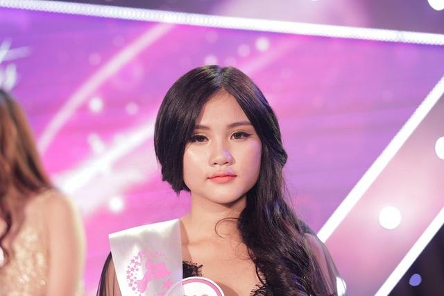 Ngọc Hân lọt vào Top 9 của cuộc thi Miss Teen 2017