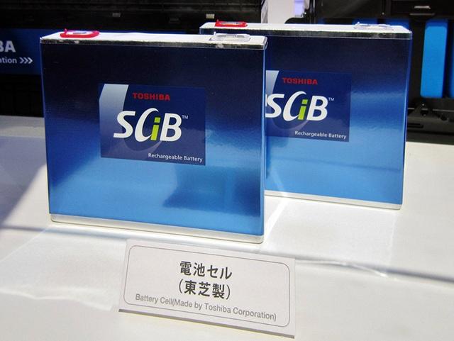 Toshiba ra mắt siêu pin cho ôtô: Sạc 6 phút đi 320 km - 2
